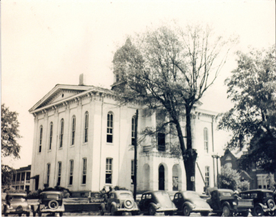Courthouse, from northwest corner of Oxford Square